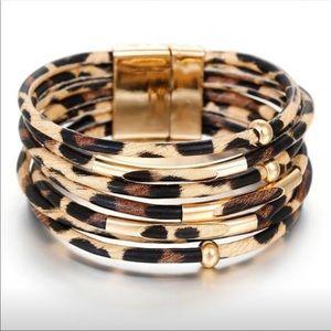 Just IN! Boho Multilayer Leopard Leather Bracelet